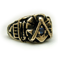 The Past Master's Archway Ring - 14K Yellow Gold
