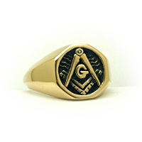 Classic Signet 14k Yellow Gold